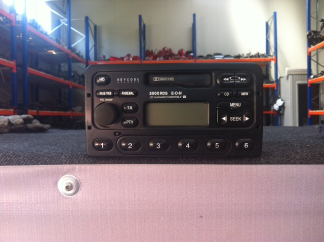 Vindem Radio Casetofon Ford Focus